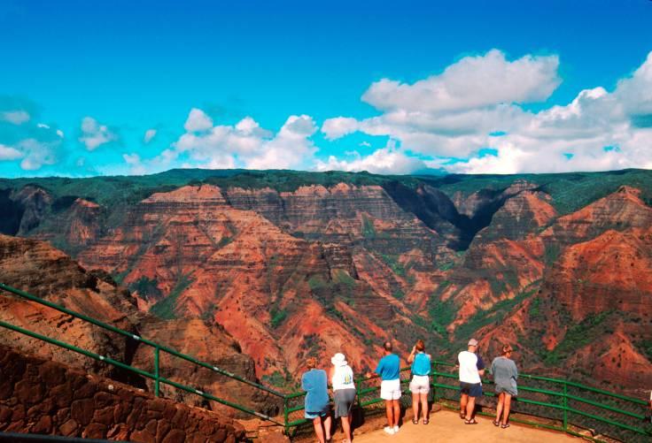 Kauai-Waimea-Canyon-lookout.jpg